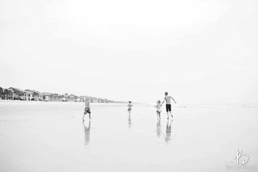Ponte Vedra Beach Lifestyle Photographers, Brooke Images, Family Beach Portraits, Jacksonville Lifestyle Photographers